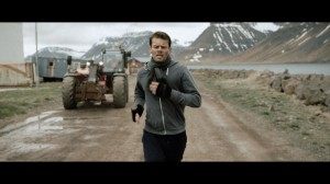 Hugi (Bjorn Thors) joggt in den Westfjorden ©Photo: IFC